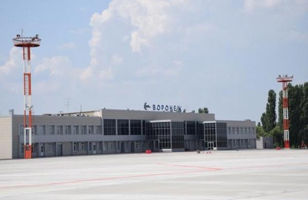 В аэропорту Воронежа удлинят взлетно-посадочную полосу